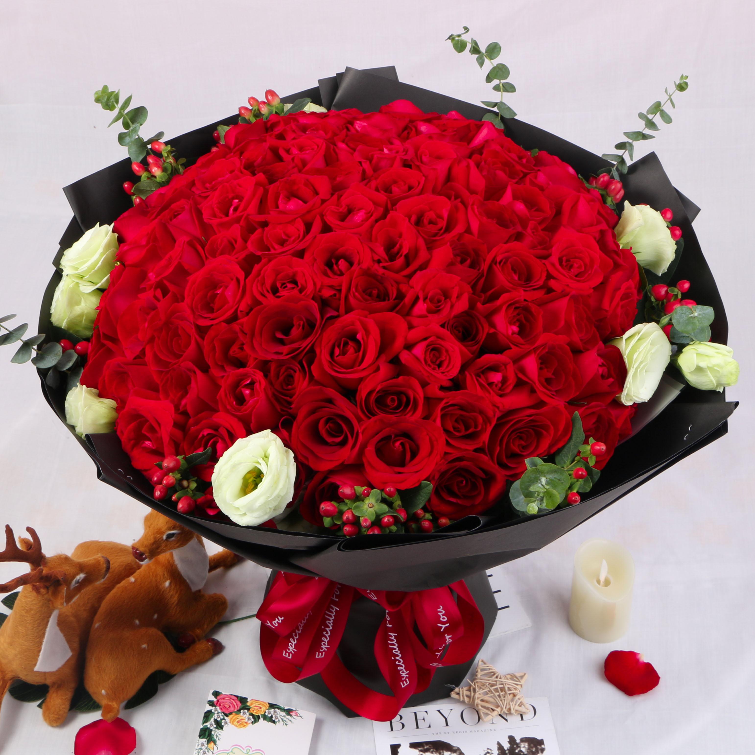 99朵红粉白玫瑰黑纱花束深圳同城鲜花速递广州鲜花店求婚生日送花图片