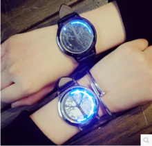 海贼王韩版个性智能创意发光简约触情侣男女生学生硅胶手表防水