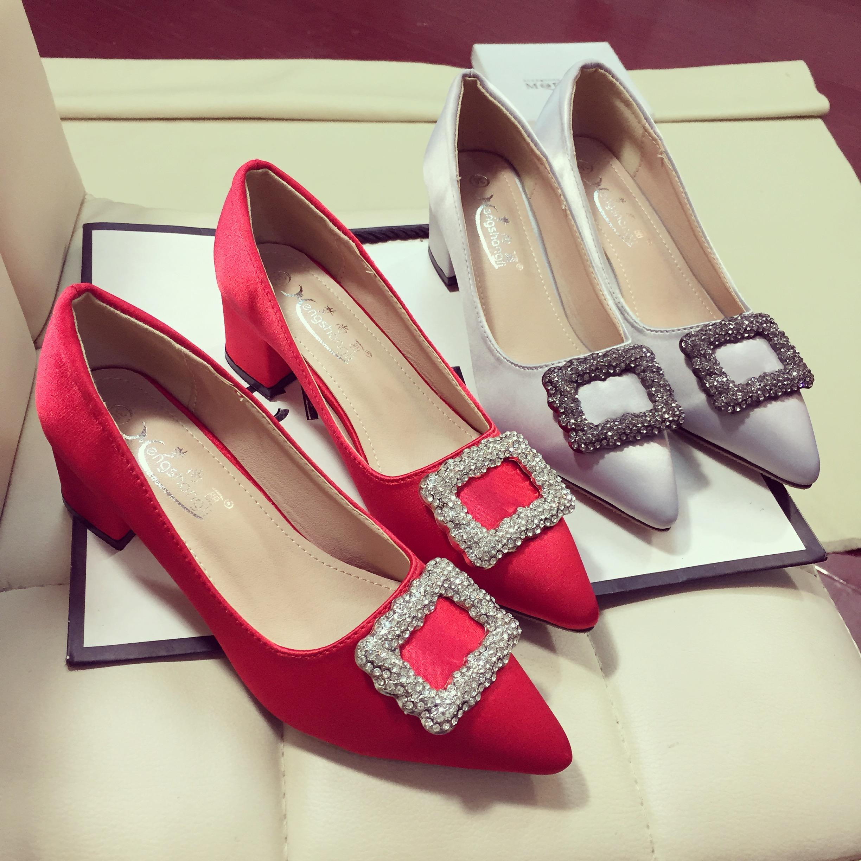 红色春季尖头高跟鞋单鞋新娘绸缎水钻