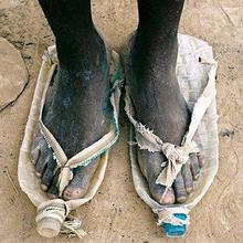 平底韩版 人字拖女 学生黑色防滑沙滩鞋 夹脚凉鞋 2017夏天情侣拖鞋