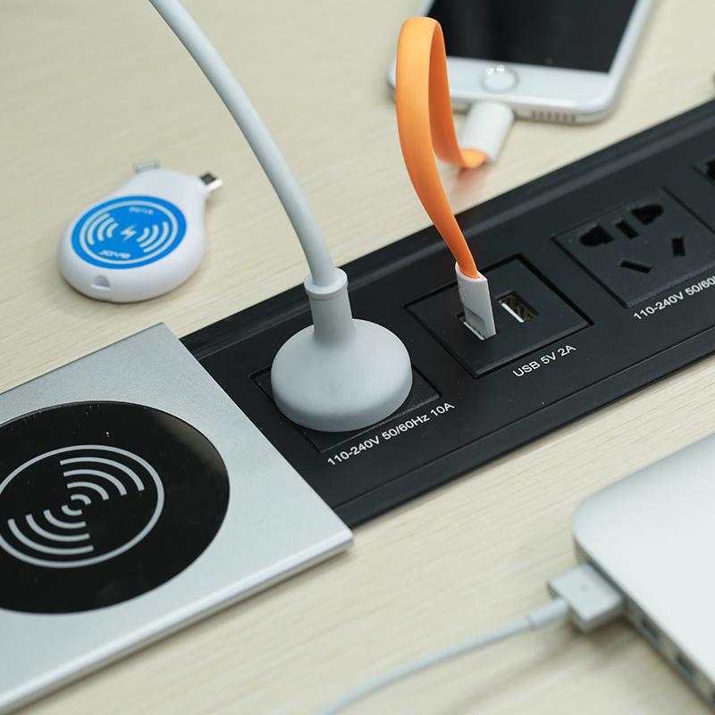 侧滑式插座线盒 USB充电二三插 集成插座带无线充 金属包邮215