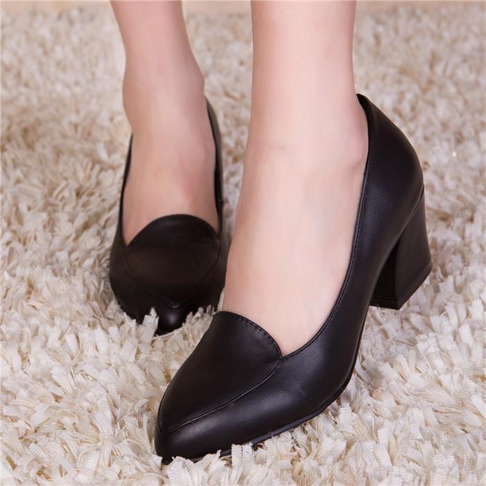 秋款女单鞋真皮尖头中跟女瓢鞋大码41码粗跟女士羊皮通勤鞋女鞋子