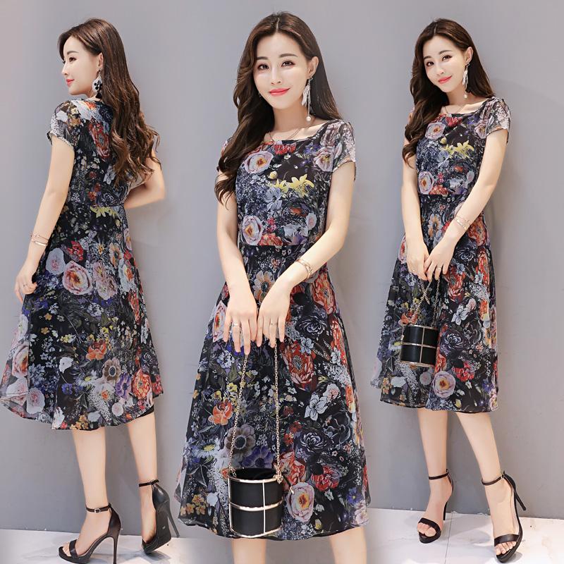 连衣裙女夏2017新款雪纺气质30岁微胖连衣裙减龄藏肉显瘦碎花长裙