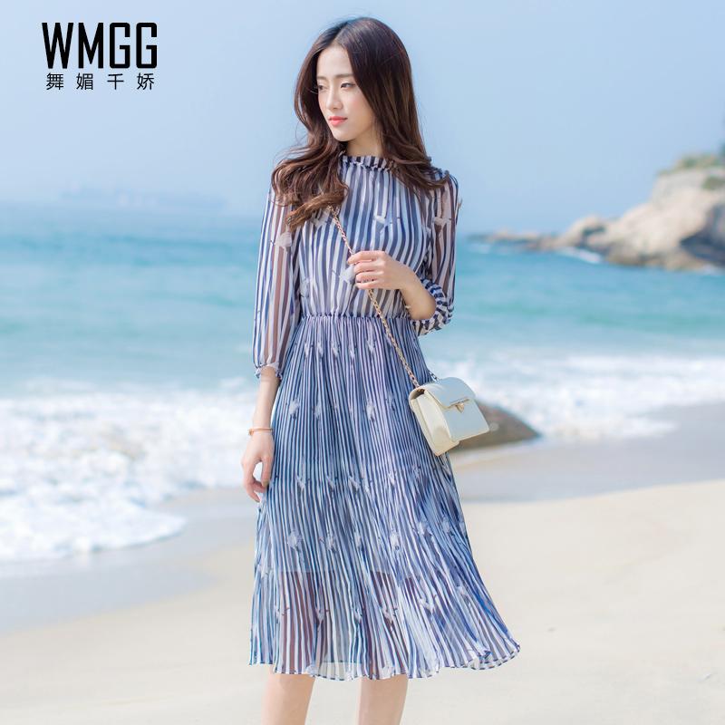 2017春夏装新款女韩版中长款沙滩裙显瘦条纹印花七分袖雪纺连衣裙