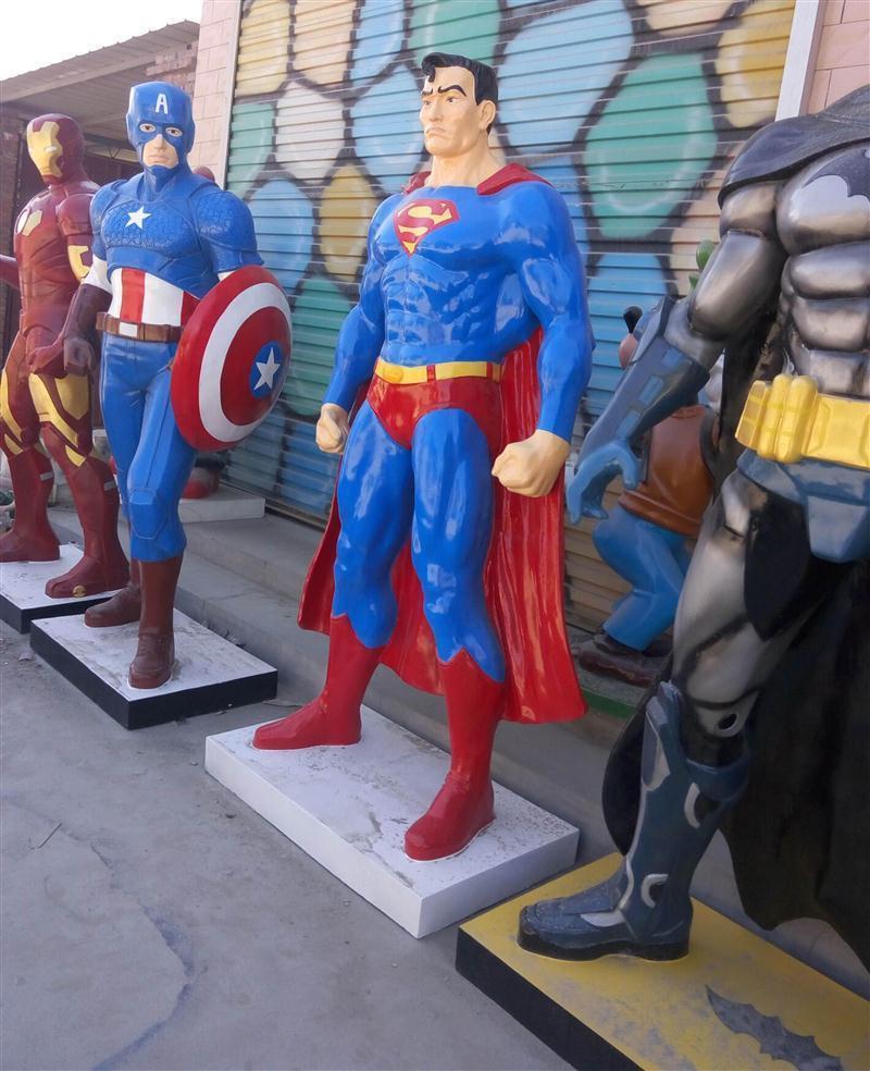 树脂蝙蝠侠雕塑卡通动漫人物雕塑定做电影院门口户外装饰摆件