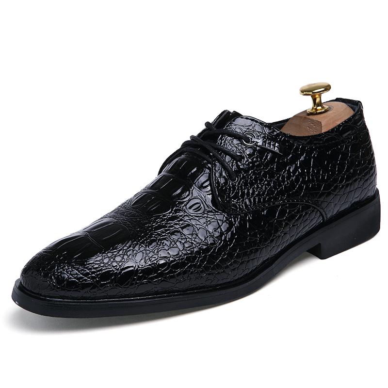 男士鳄鱼纹男鞋尖头商务正装皮鞋英伦复古个性潮鞋流行系带德比鞋