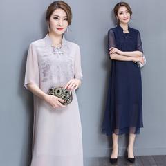 中国风2017春夏新款绣花桑蚕丝连衣裙大码气质优雅时尚真丝女装