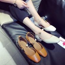 韩国流行2017夏季新款女士方头鞋子方跟中空单鞋一字扣包头百搭凉