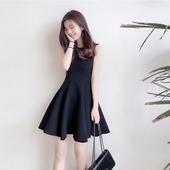 小黑裙连衣裙大裙摆背心裙专柜同款法式复古赫本风极简名媛气质裙