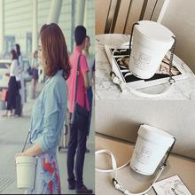 我的体育老师王晓晨同款包包王小米田野王维维水桶包链条单肩包女