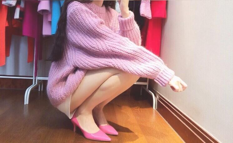 秋冬季宽松套头明星同款毛衣V领新款女装长袖外套棉同桌毛针织衫